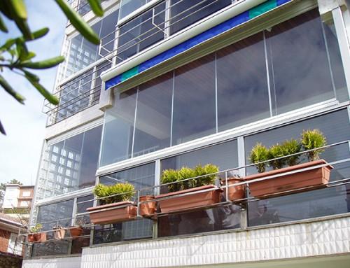 Cortina cristal piso terrazas fachada